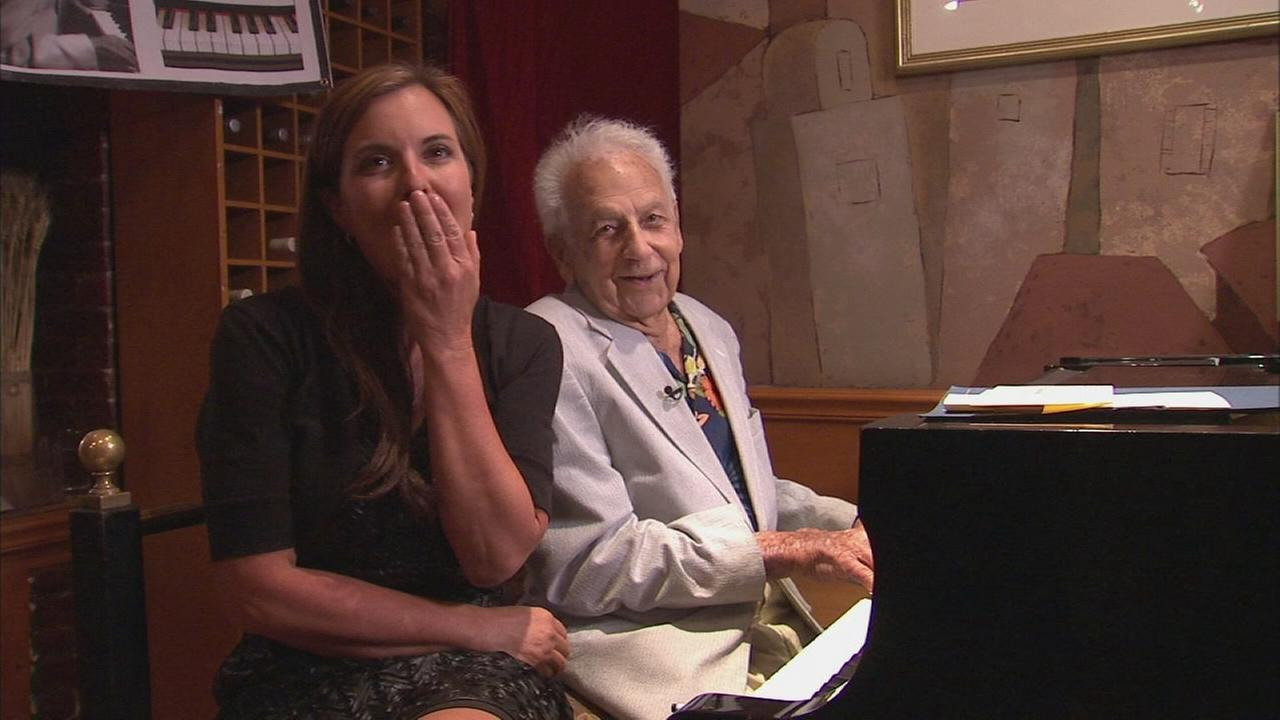 Web extra: Irving Fields performs impomptu ditty about Channel 7