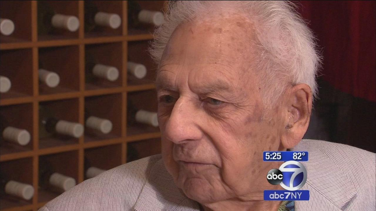 Irving Fieldsa, New York Citys oldest working musician, celebrates his 100th birthday