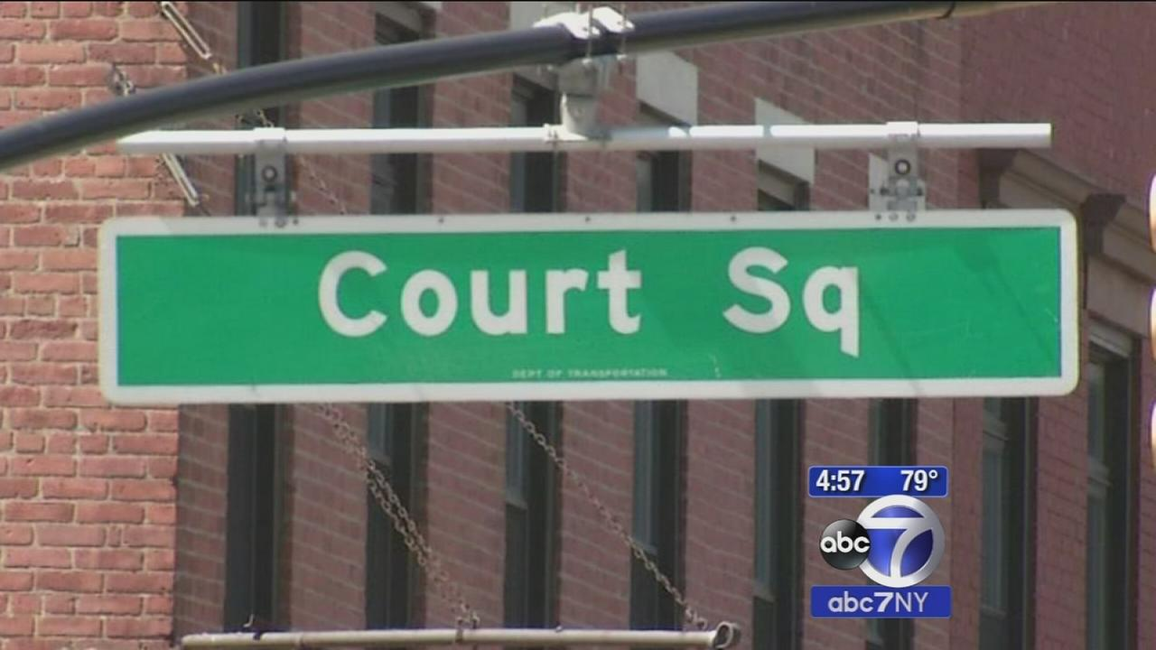 Mayor signs bill to rename pair of identically named Long Island City streets