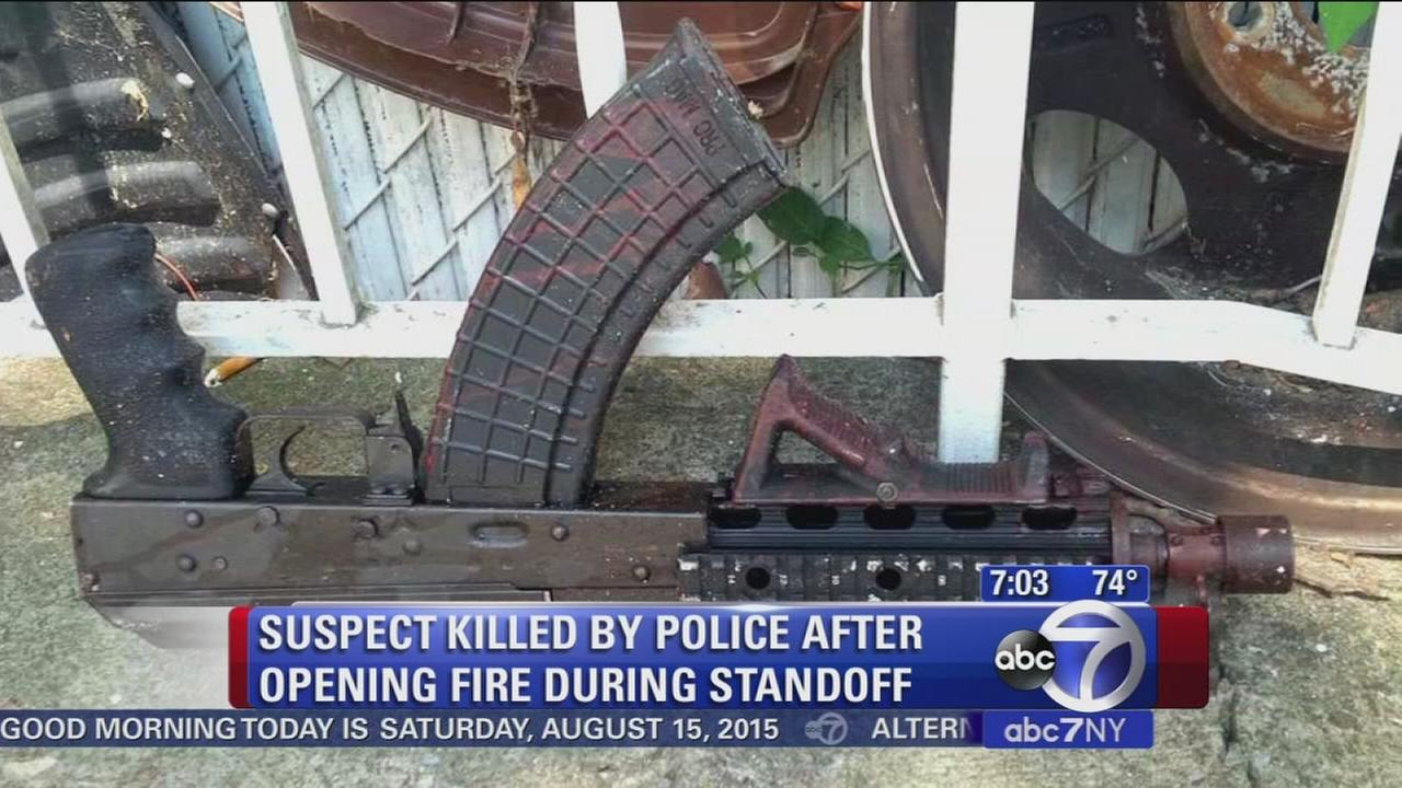 Firefighter recovering after shooting, standoff on Staten Island