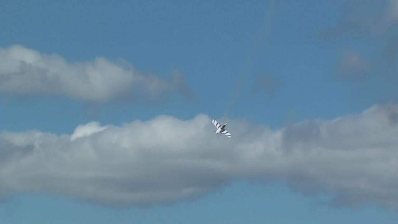 Raw video of the tragic stunt plane crash