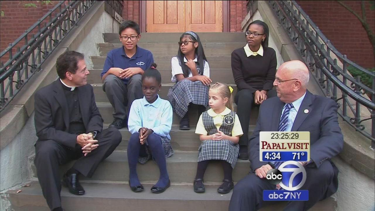 5 Catholic school students gear up to meet Pope Francis at JFK Airport