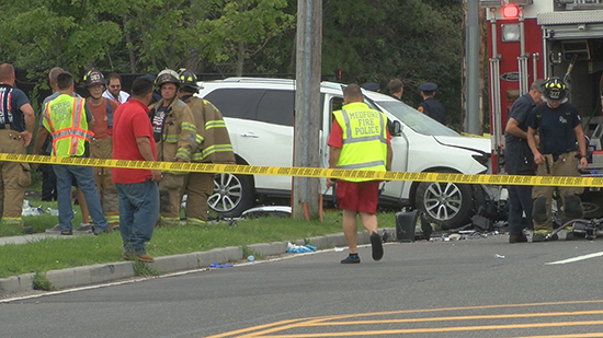 3 People Killed When Car Crashes Into Suv In Medford Long Island