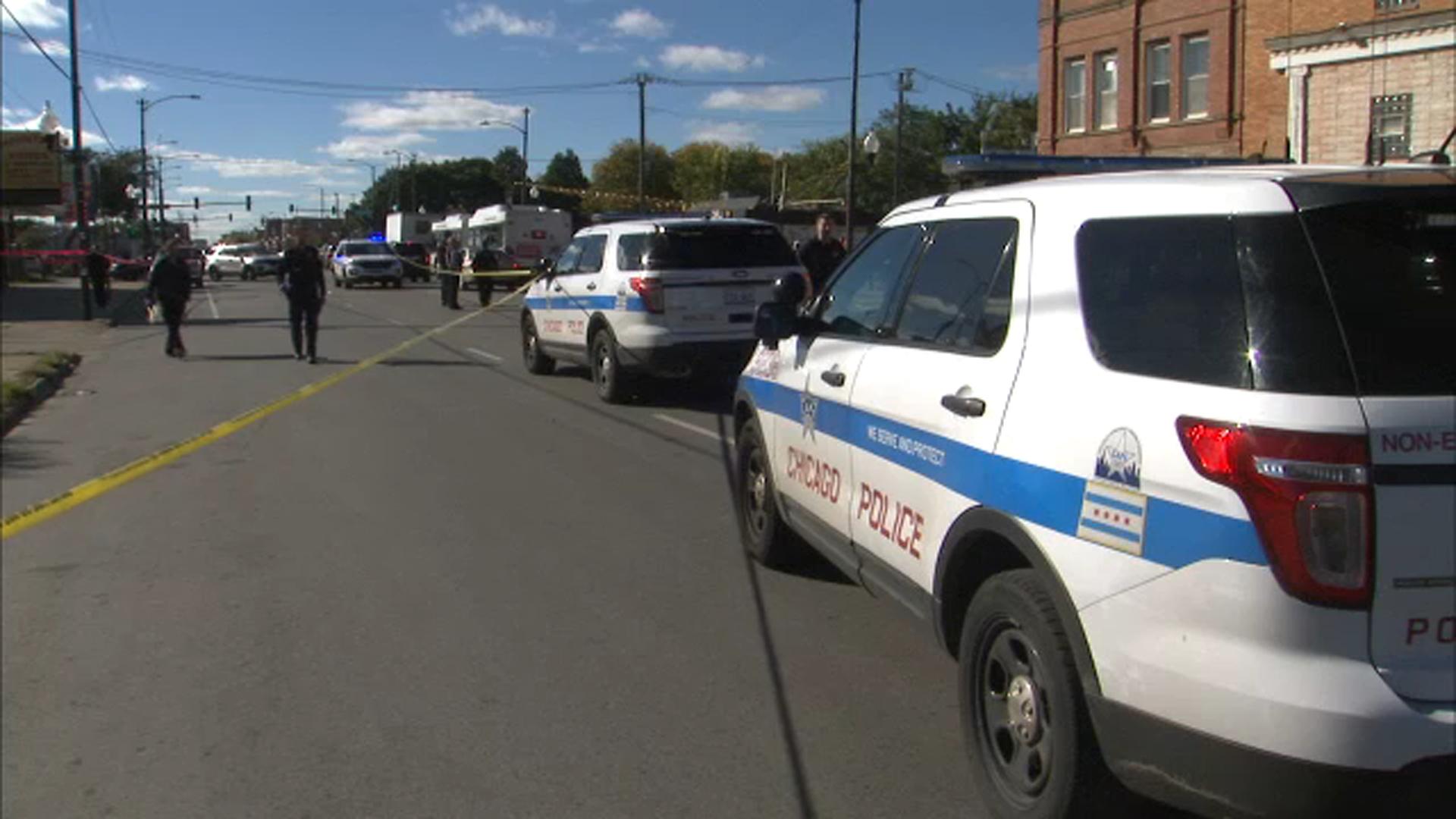 Boy, 17, shot to death in Lawndale
