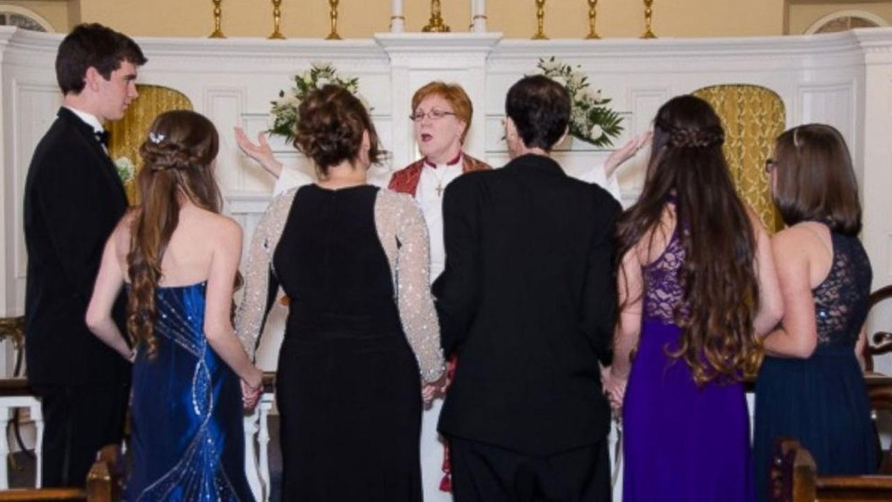 Ken McHugh, 47, fulfilled his dying wish to walk his four children down the aisle.