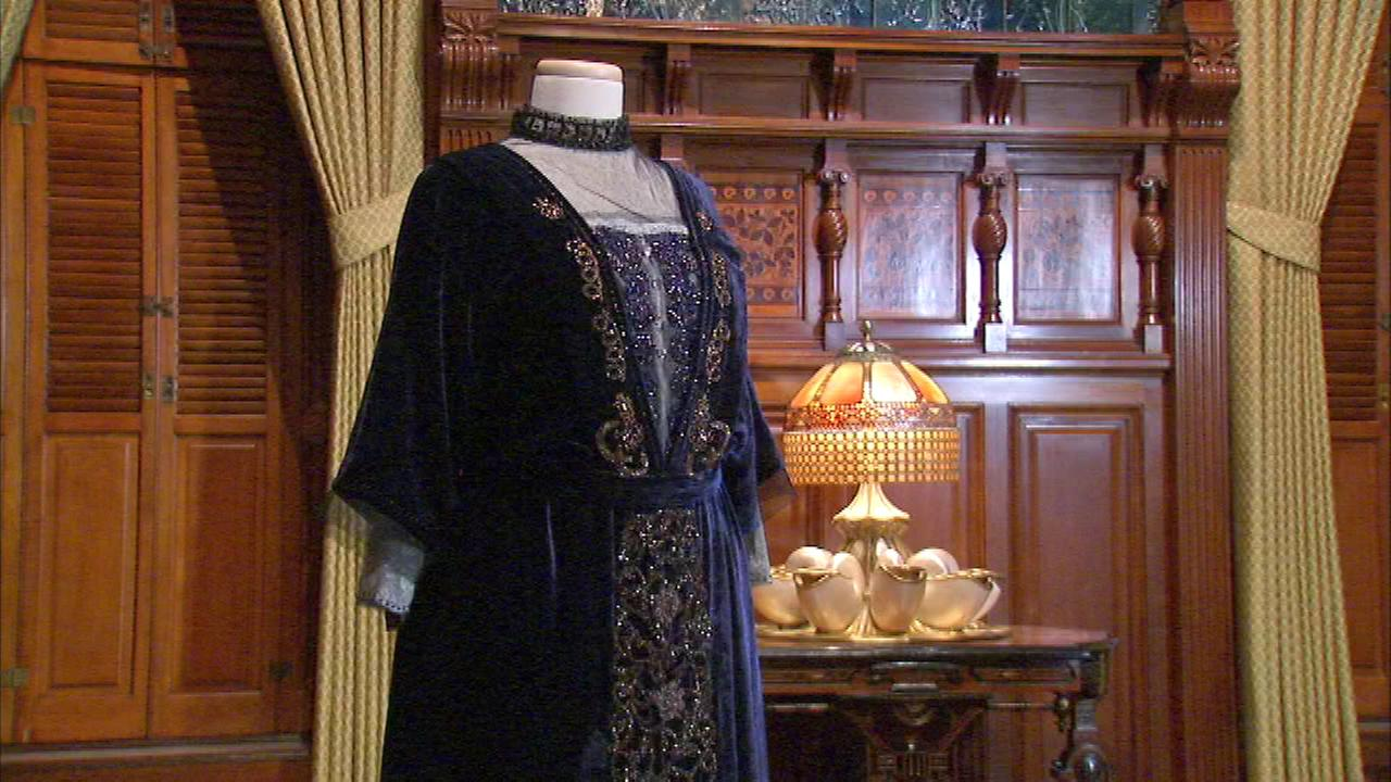 Downton Abbey costumes coming to Chicago museum exhibit