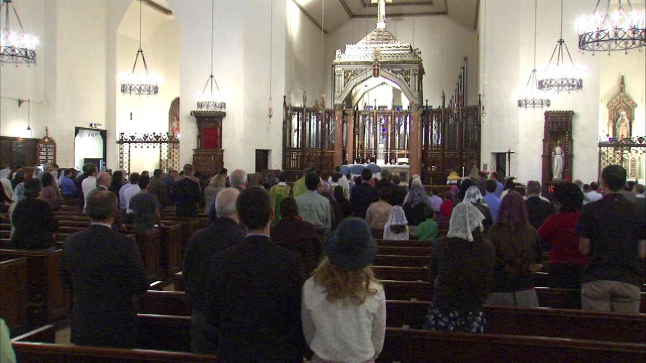 A destructive fire did not stop a South Side church from celebrating Mass Sunday.