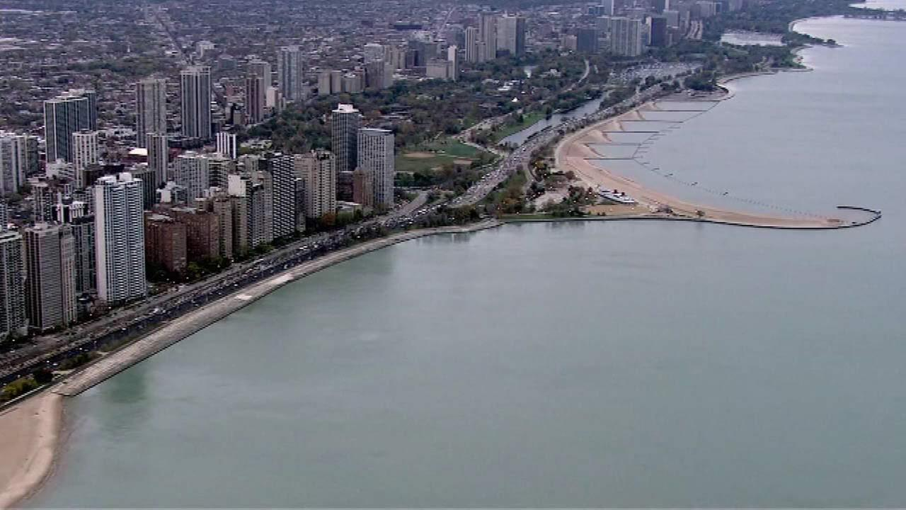 Group warns of pollution in Lake Michigan