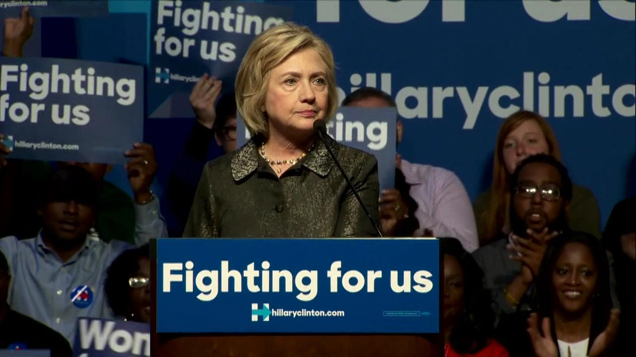 Hillary Clinton to fundraise in Chicago area Monday