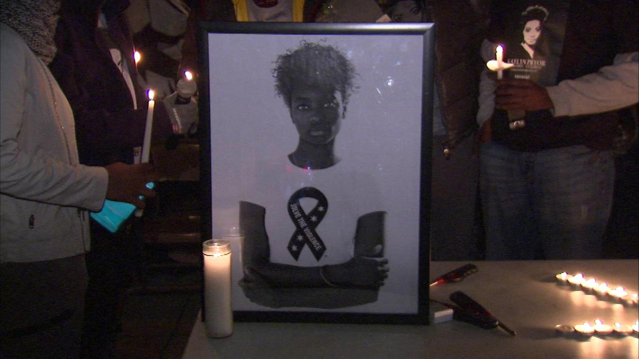 A vigil Saturday night in the northern suburbs honored an aspiring model who was gunned down on a Chicago bus stop this week.