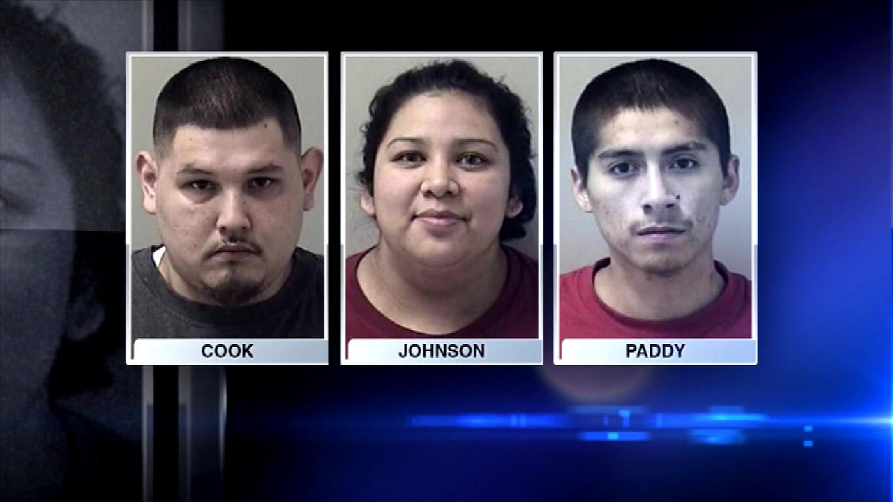 A traffic stop lead Kane County sheriffs police to seize $80,000 worth of heroin and arrest three people.