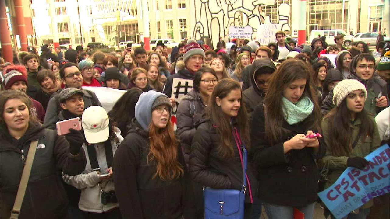 CPS students rally over state budget concerns