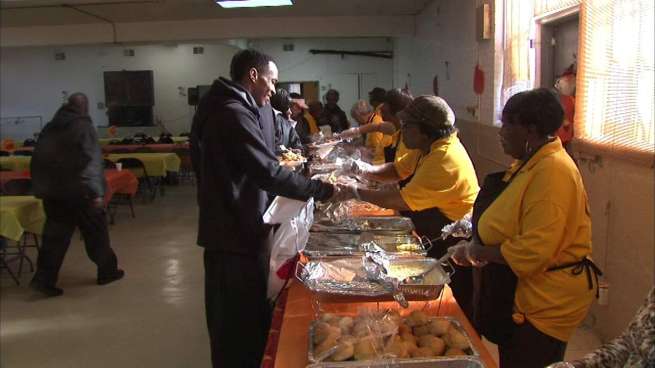 West Side church serves pre-Thanksgiving dinner for less fortunate