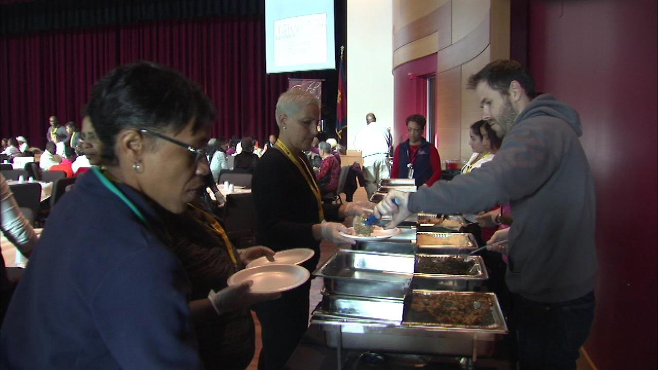 The Salvation Army is hosting a full week of holiday meals across Chicago.