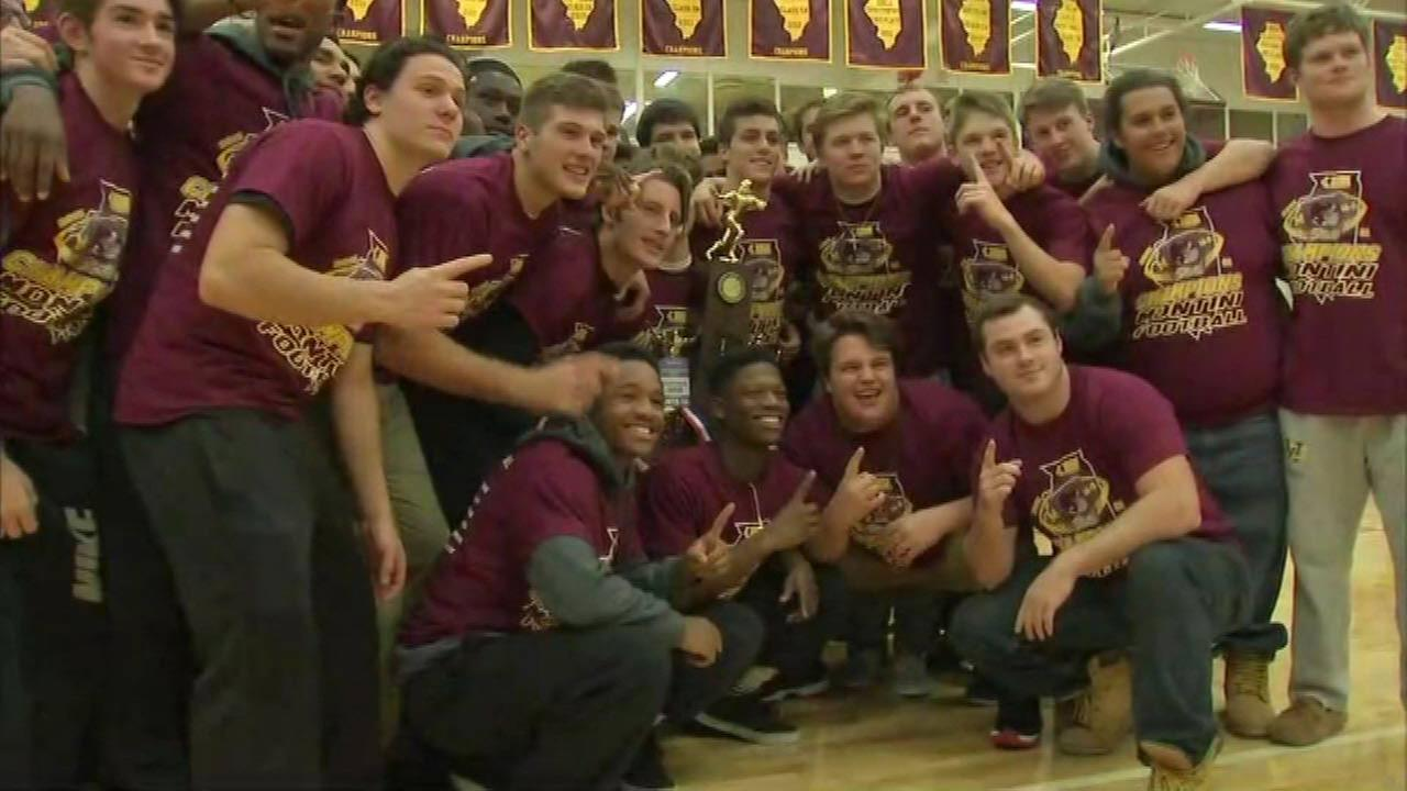 Montini football wins 6A Division in first-ever undefeated season