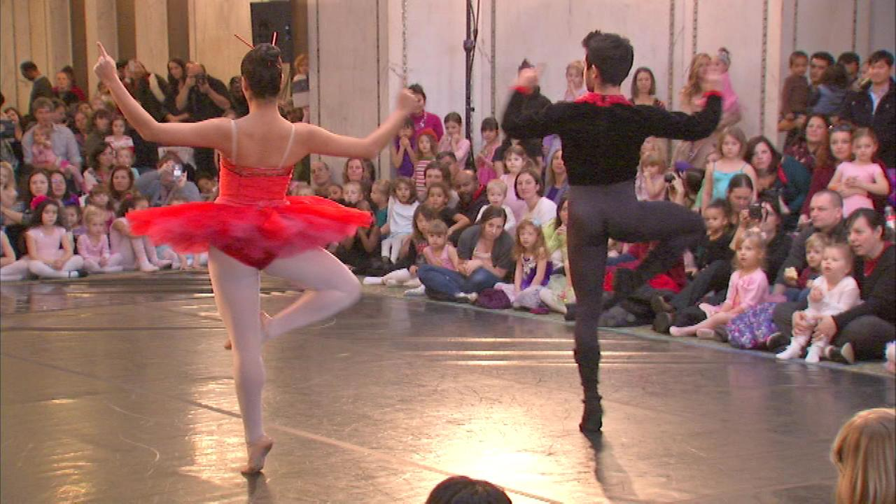 The Chicago Cultural Center hosted a Dance-Along Nutcracker Sunday.