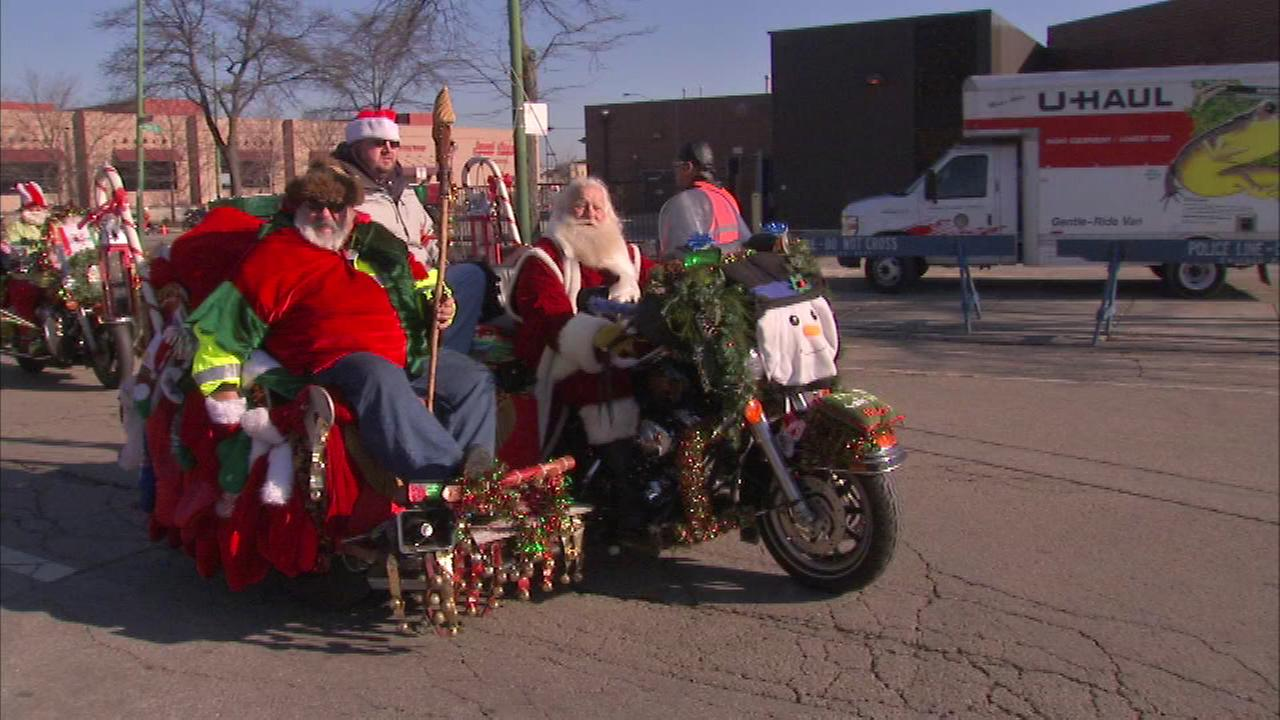 Dozens of motorcycles rumbled down Western Avenue Sunday for the annual Chicago Toys for Tots Motorcycle Parade.