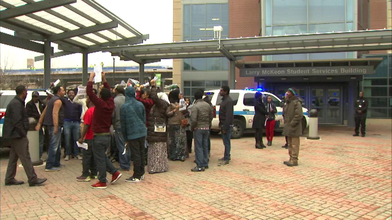 Fight breaks out when protesters disrupt speaker at Truman College