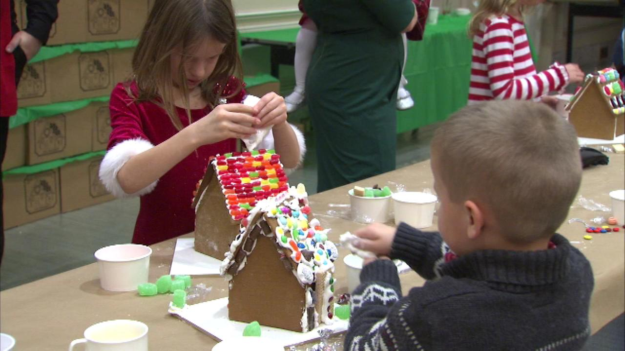 Families gathered in the Gold Coast for some annual holiday fun at the Four Seasons Hotel.