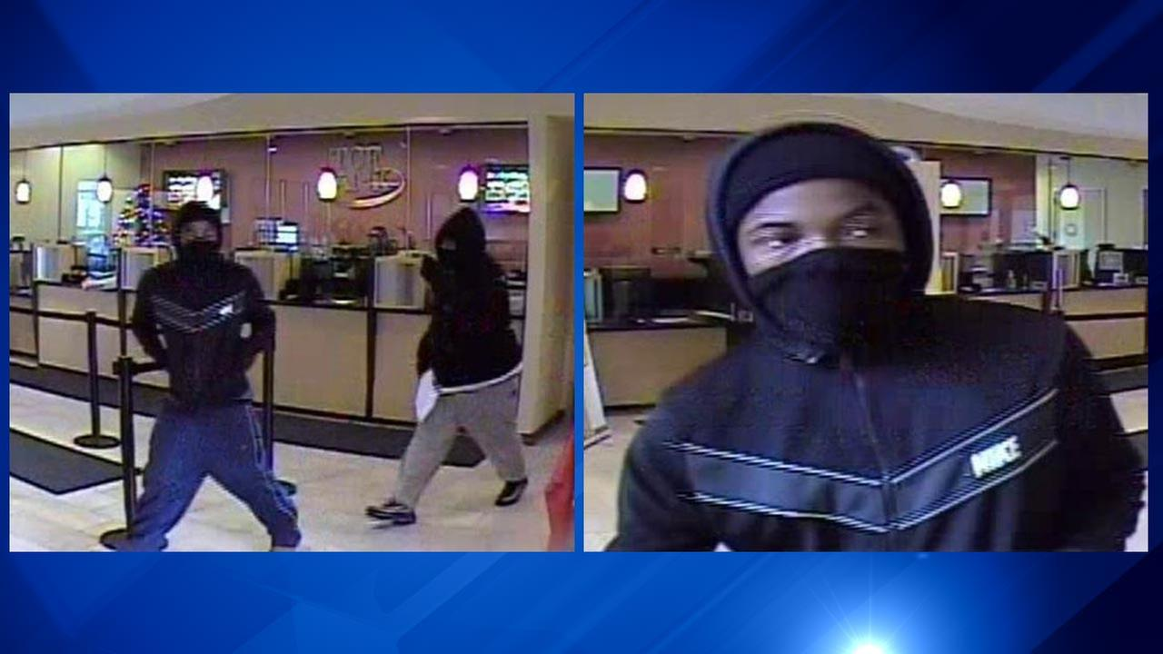 Chatham bank robbery suspect turns himself in, police say