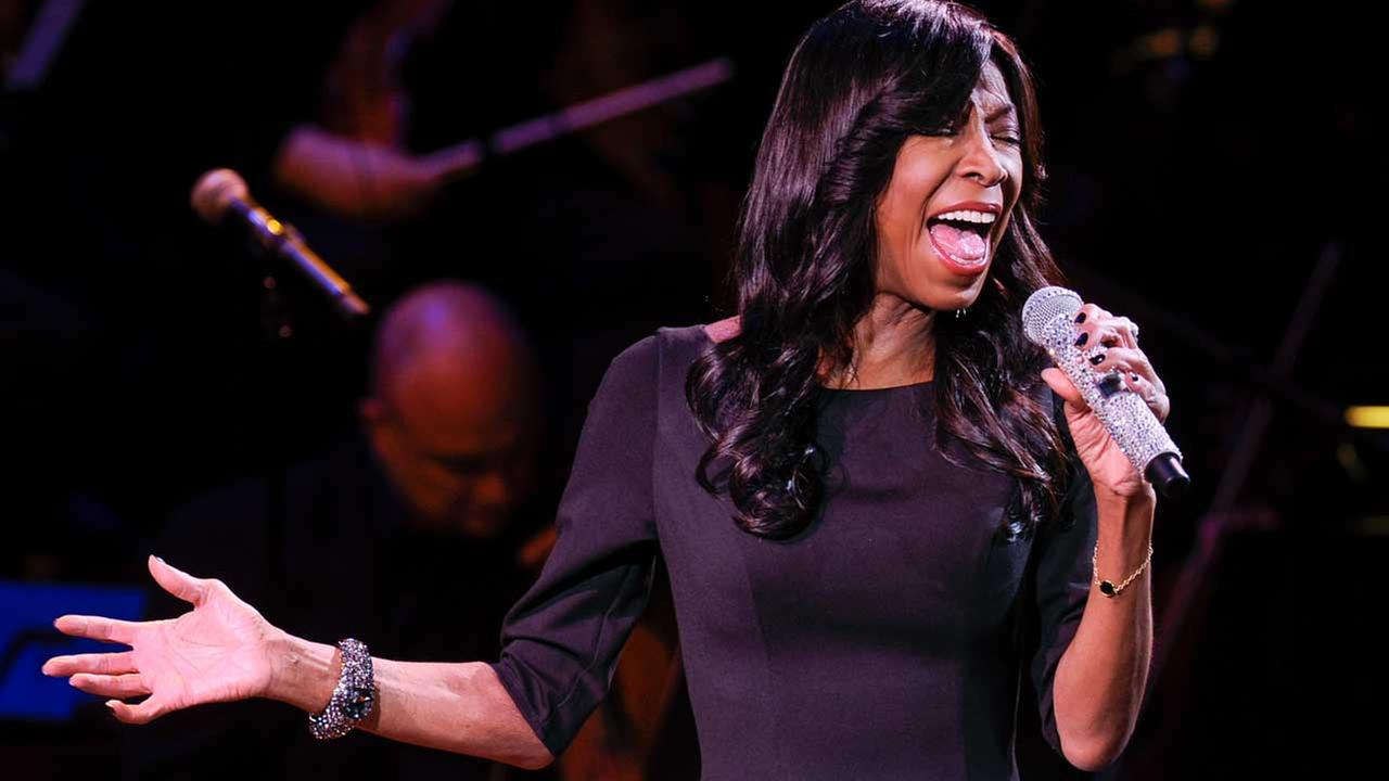 Singer Natalie Cole performs at Avery Fisher Hall, Monday, March 2, 2015 in New York. (FILE)