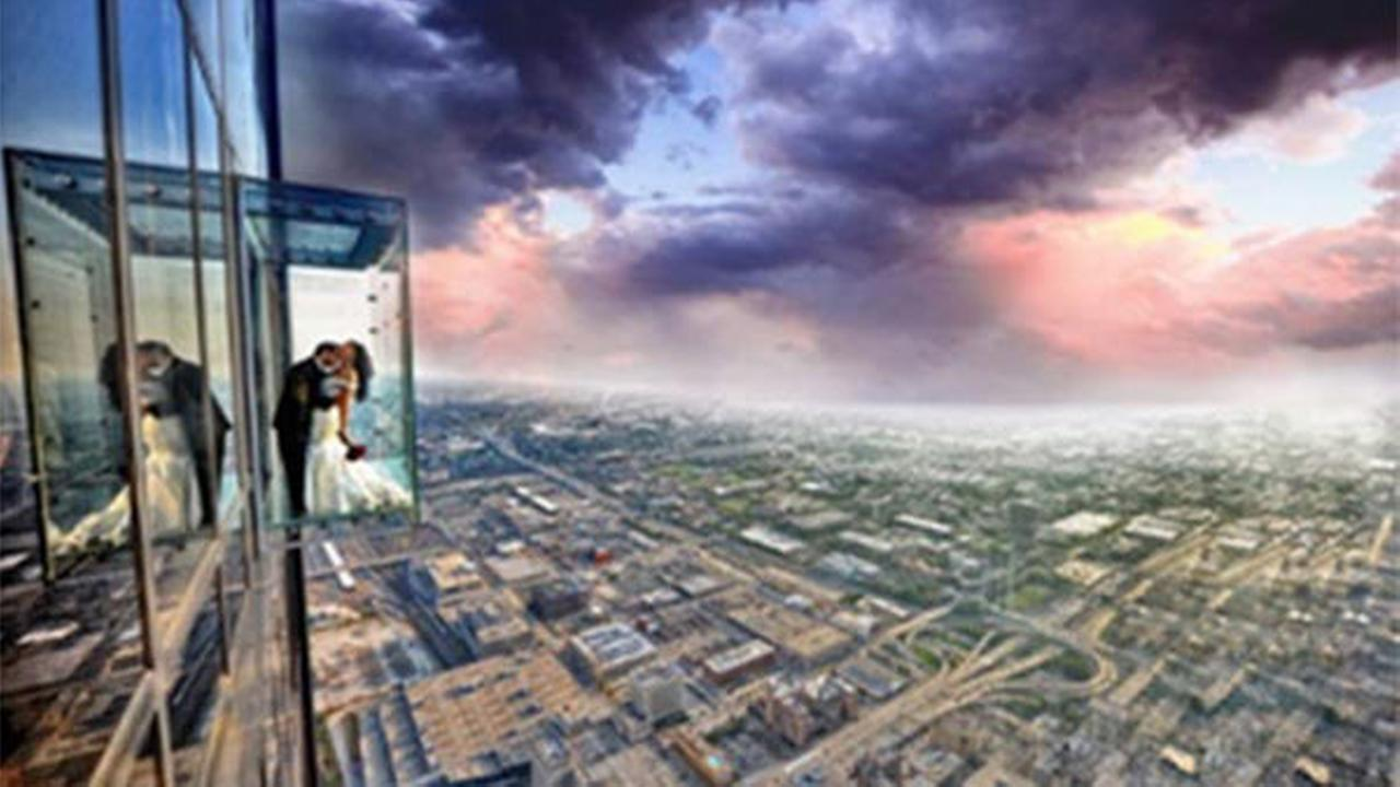 Four lucky couples will win a Valentines Day wedding ceremony on the Willis Tower Skydeck.