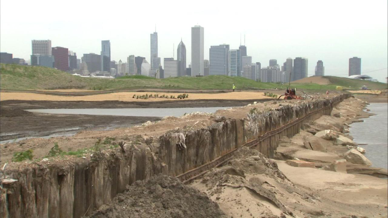 Mayor Emanuel shows off Northerly Island progress | abc7chicago.com