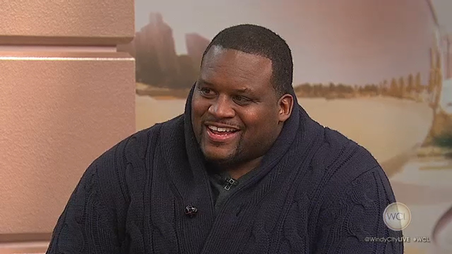 Anthony Spice Adams, former Chicago Bear, co-hosts ABC baking show