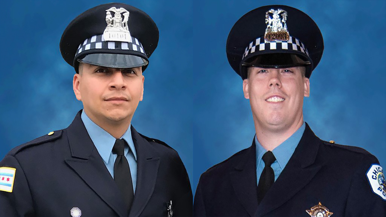 Chicago Police Officers Eduardo Marmolejo (left) and Conrad Gary (right).