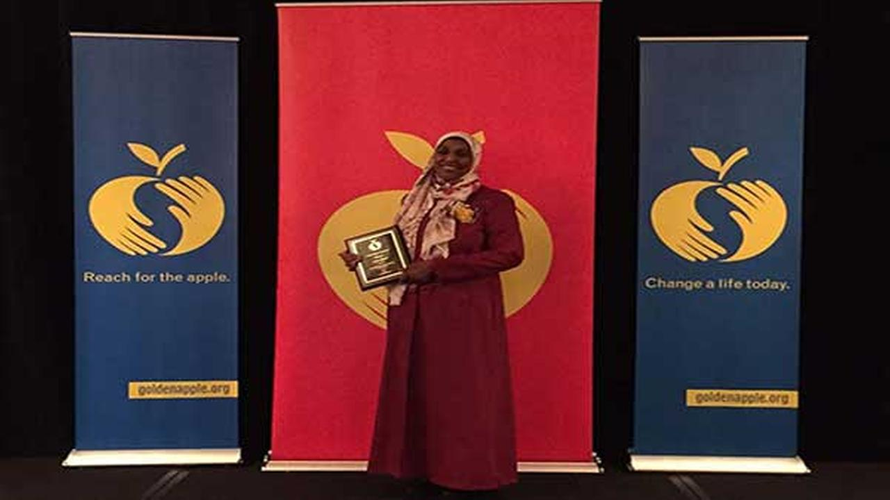 Suburban teacher becomes first Islamic school educator to receive Golden Apple Award