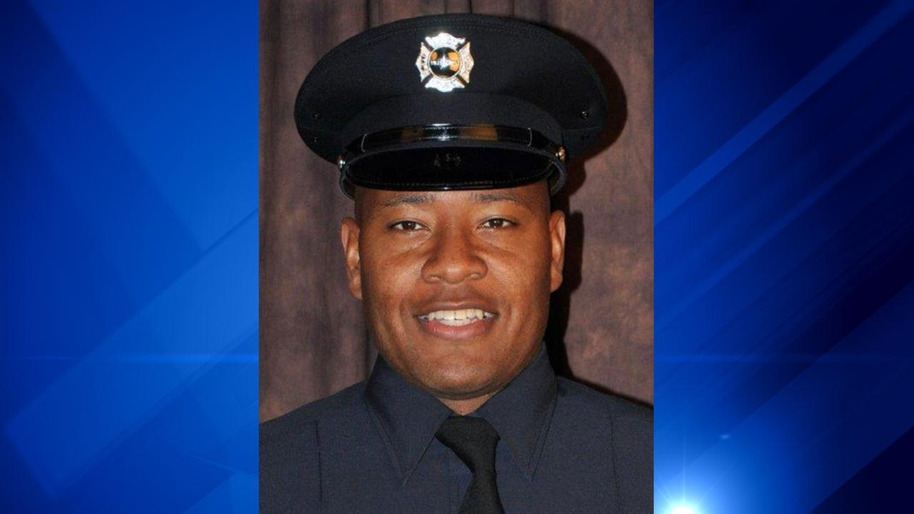 Firefighter dies nearly a month after Rogers Park hit-and-run