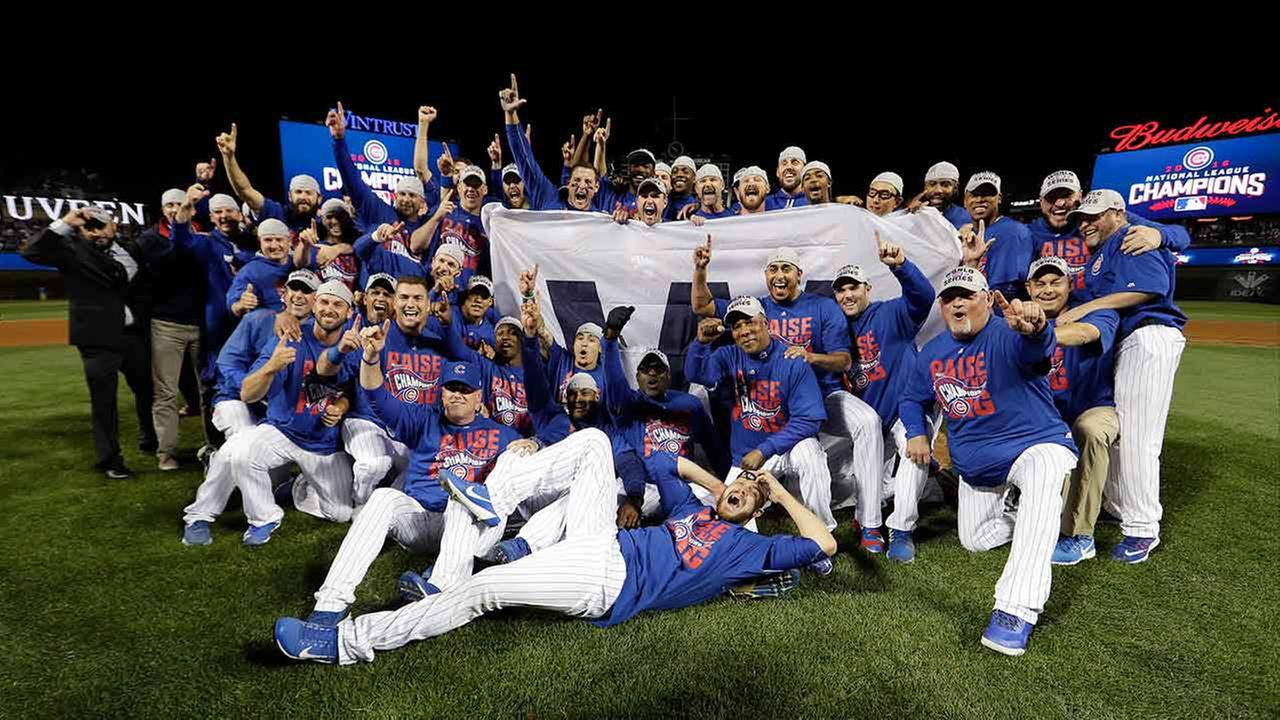 Cubs clinch