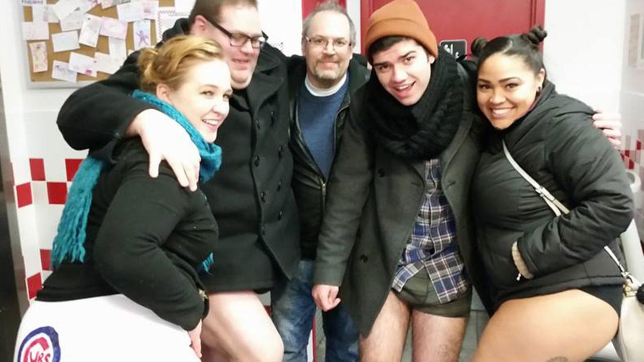 Annual No Pants Subway Ride hits Chicago