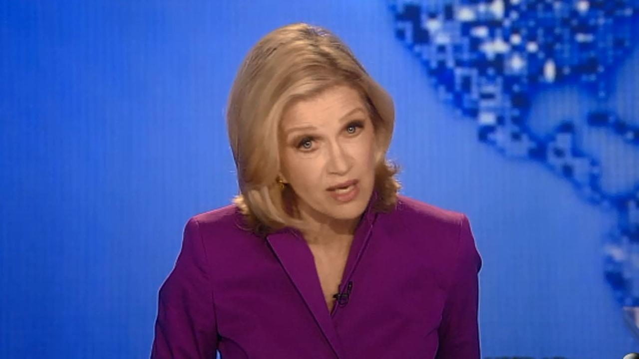 Diane Sawyer apologizes for misidentifying images in World News.