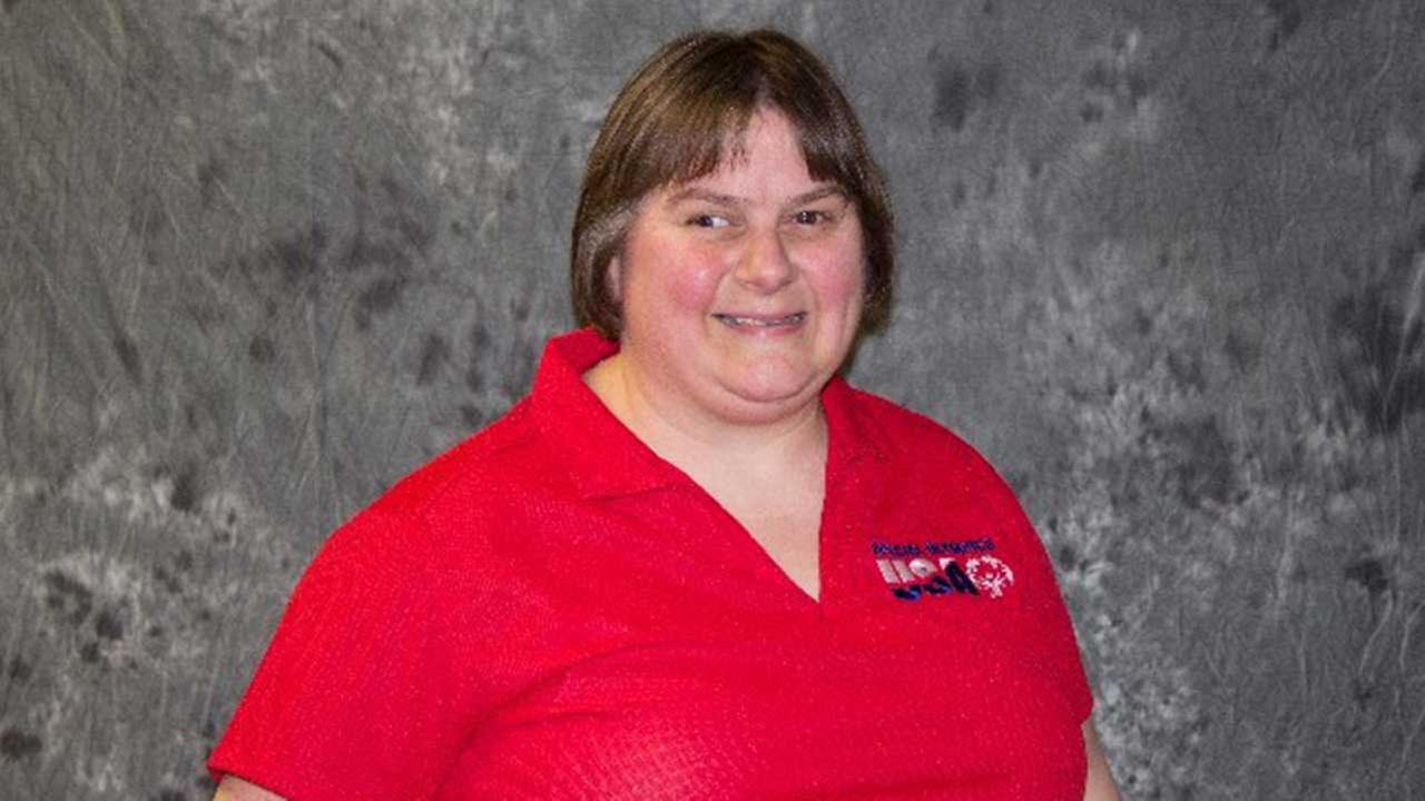 Lisa Menichino, a Special Olympics athlete from Bartlett, Ill.
