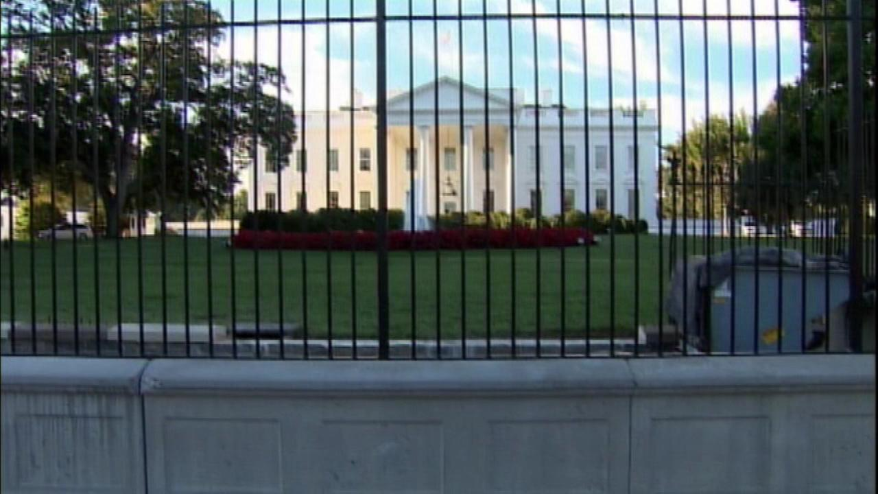 Homeless Chicago man linked to suspicious letter sent to White House, investigators say