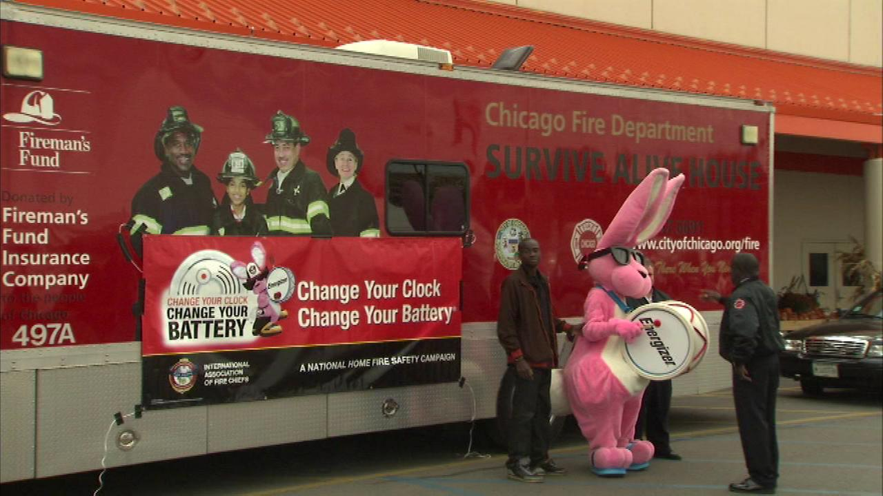 The Chicago Fire Department is reminding people to change smoke detector batteries.