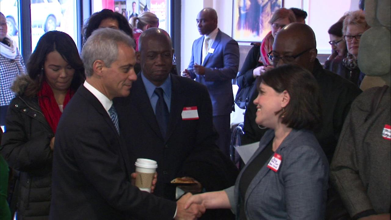 Mayor Rahm Emanuel kicked off a series of Connecting to Cash events in Chicago.