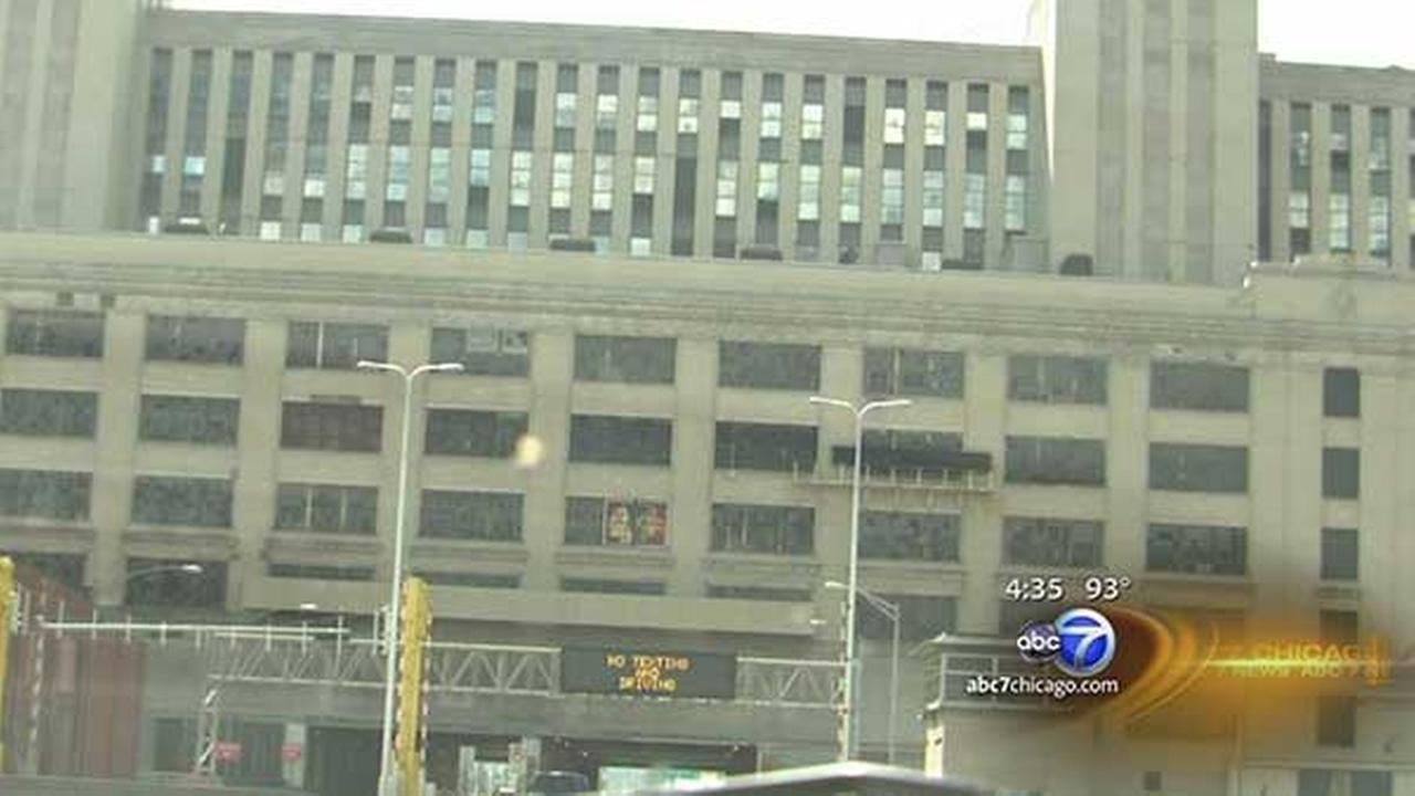 Old Chicago Main Post Office back on the market