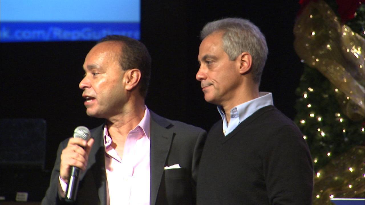 Mayor Rahm Emanuel and Congressman Luis Gutierrez speak at an immigration workshop in Chicago on Saturday.