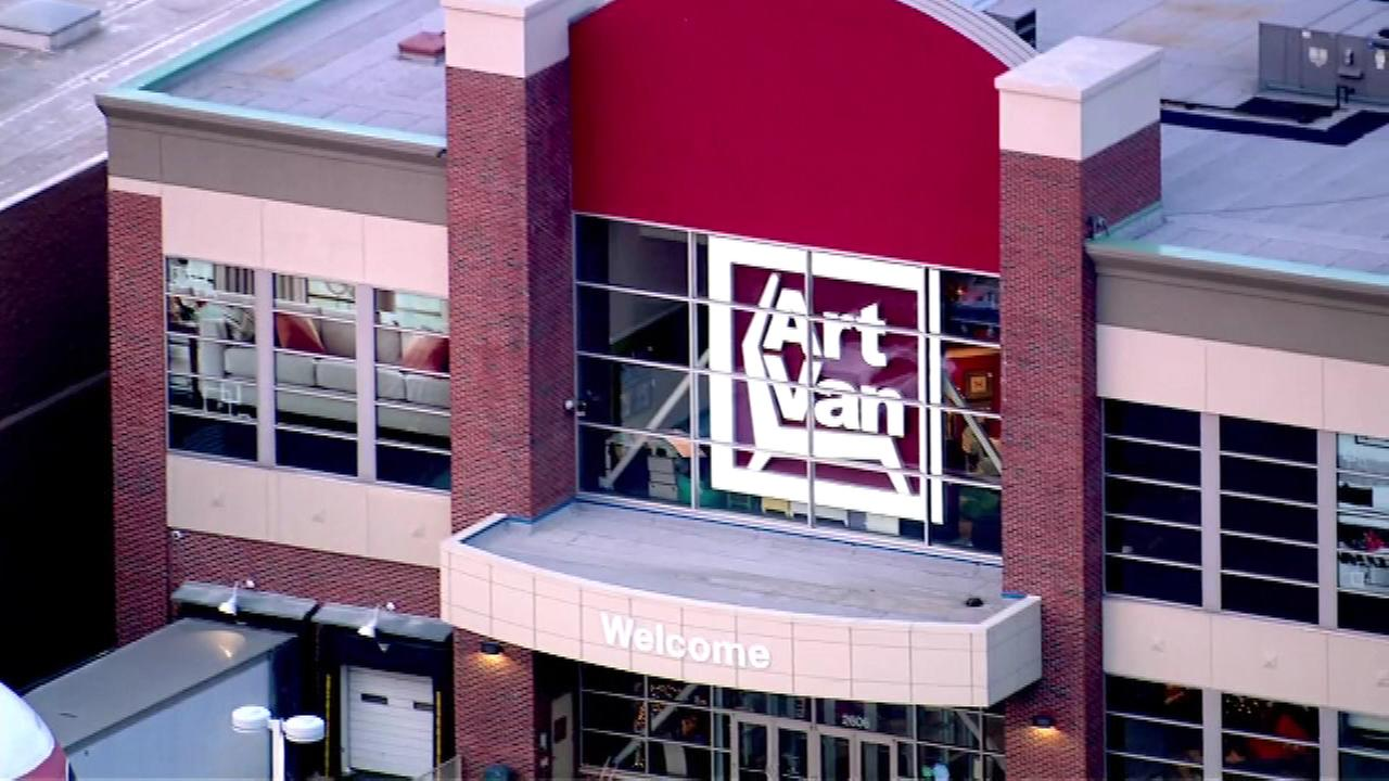 Art Van Shoppers Could Score Free Furniture If It Snows On Super Bowl Sunday