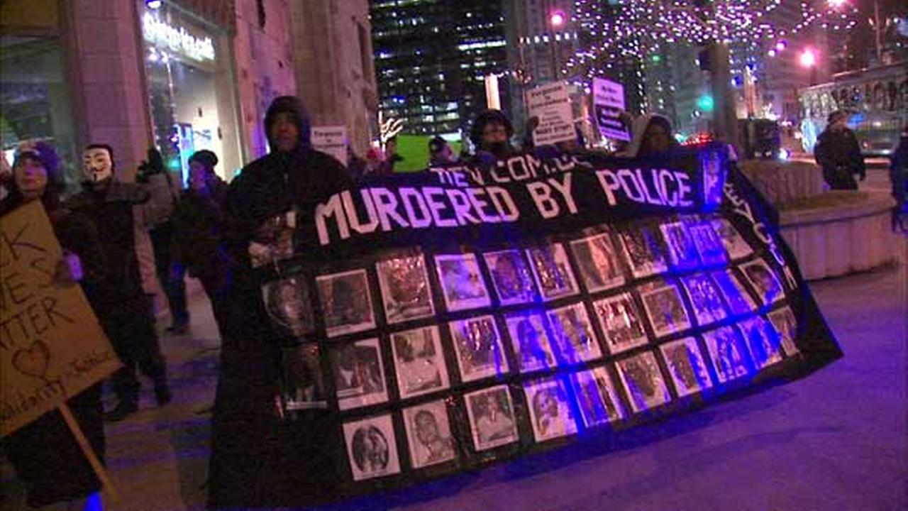 Group spends New Year's Eve protesting police abuse