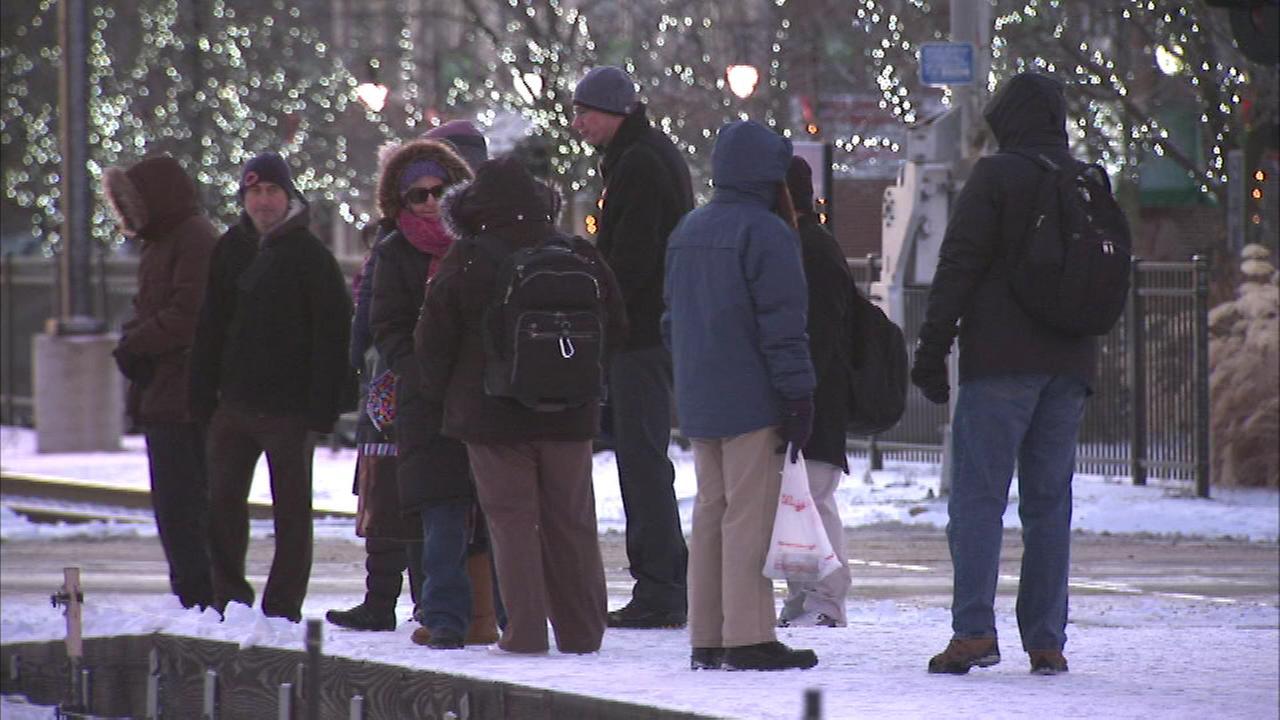 Warming centers open around Chicago area