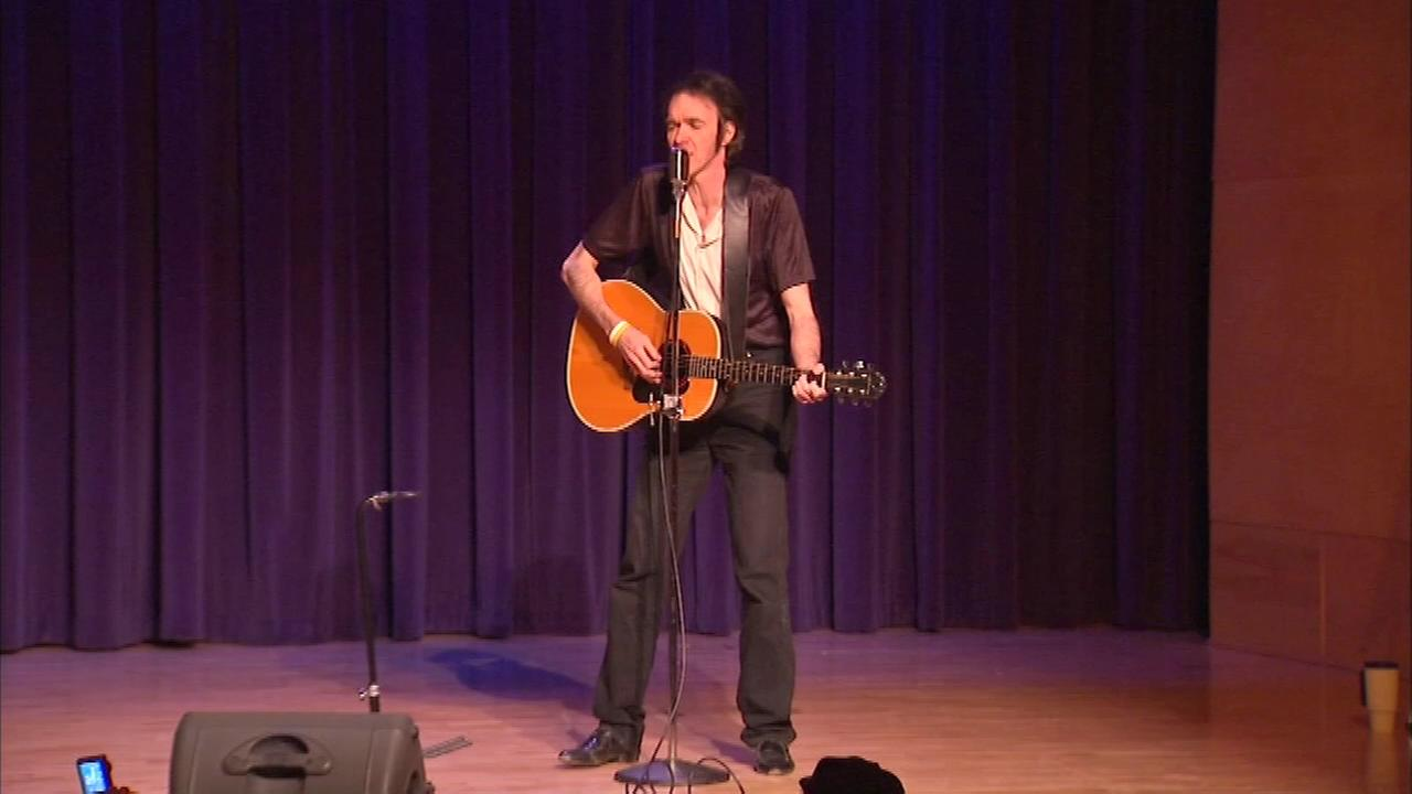 Steve Richards starred in a tribute to Presley at the Skokie Theatre Saturday night.