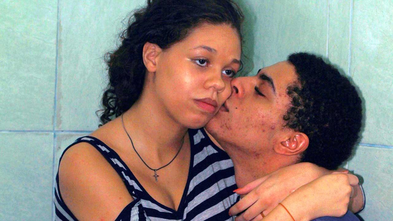 Heather Mack and boyfriend Tommy Schaefer inside a cell on Monday, December 8, 2014.