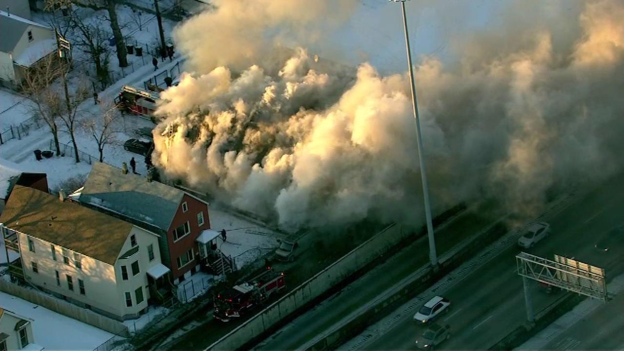 Smoke blowing onto Dan Ryan near 55th