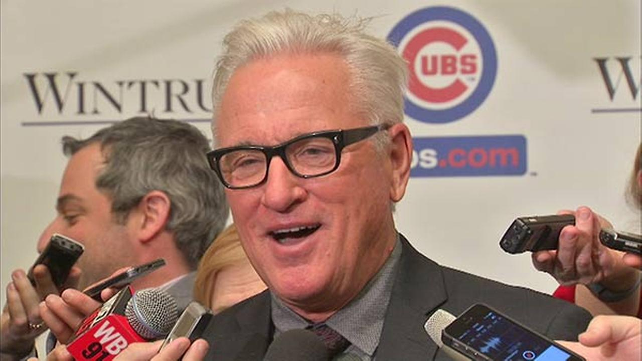 New Cubs Manager Joe Maddon speaks at the 30th annual Cubs Convention.