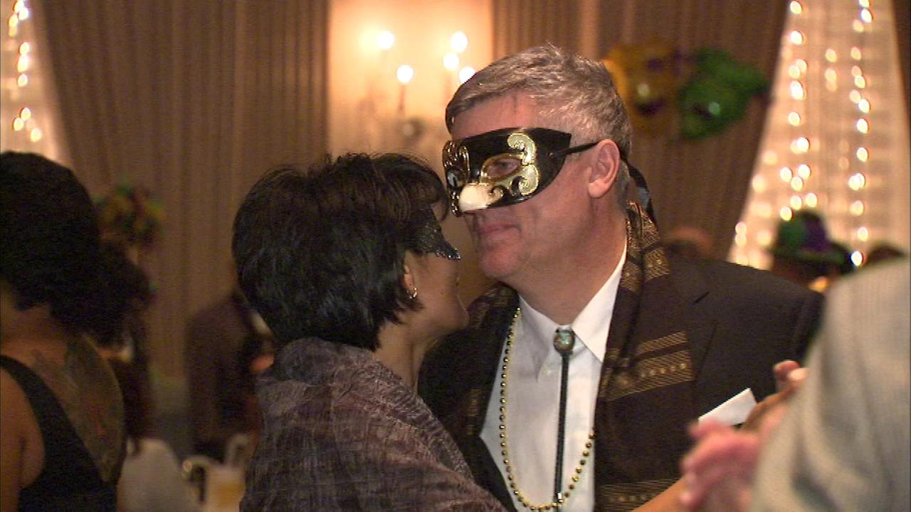 The Big Easy has come to Chicago with the help of some Mardi Gras Magic, as jazz, Cajun cuisine and colorful costumes transported guests at the Standard Club to New Orleans.