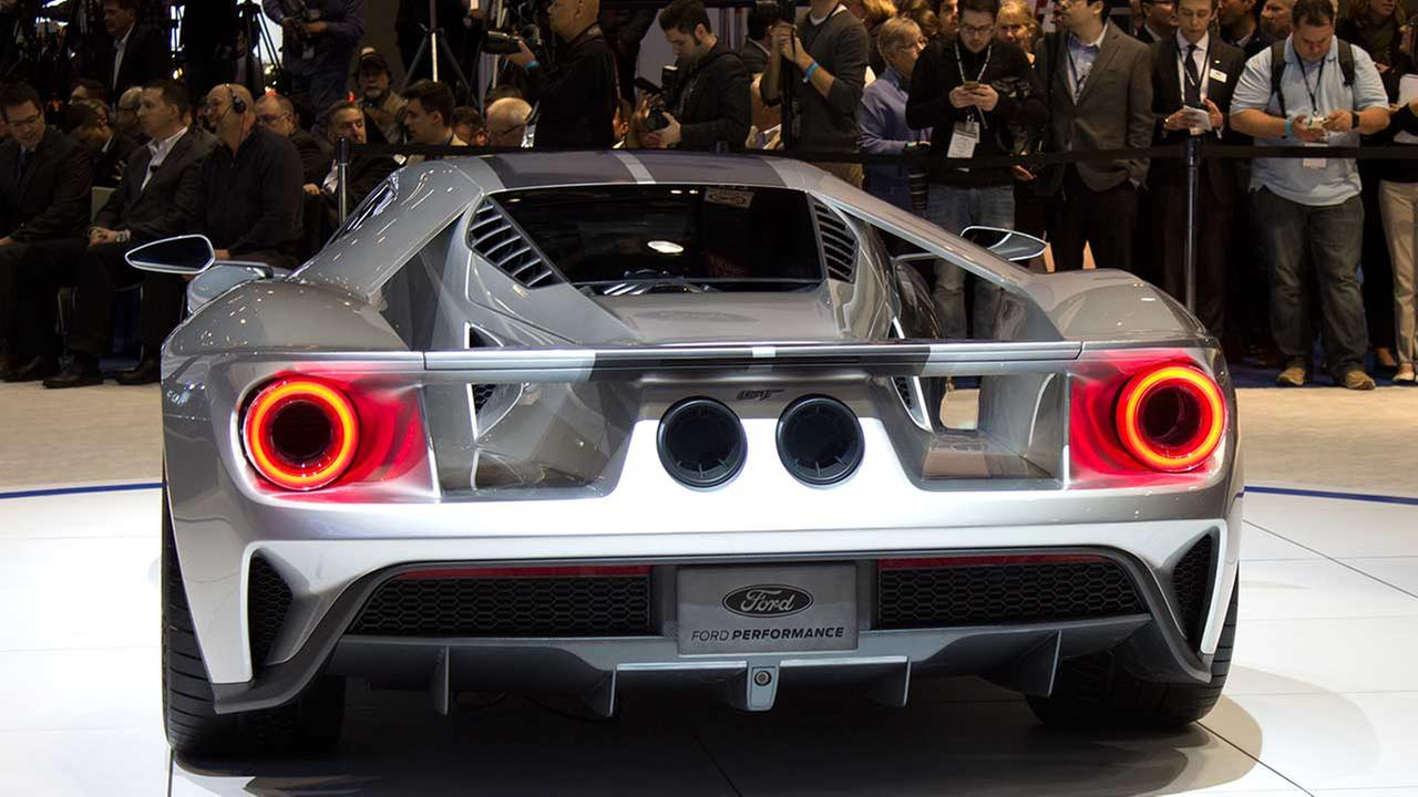 Ford unveiled its Ford GT during the media preview of the 2015 Chicago Auto Show on Feb. 12, 2015.
