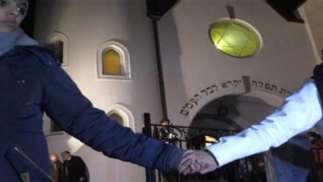 Olso synagogue joins in Muslim 'ring of peace'